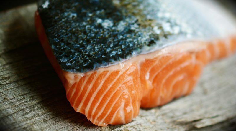 полезен ли искусственно выращенный лосось