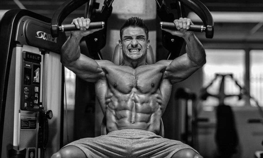 Программа тренировок на грудные мышцы