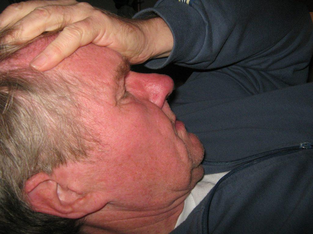 Мигрень - симптомы, причина, лечение